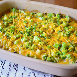 cheesy-scalloped-potatoes-with-turkey-and-broccoli-1803966.jpg