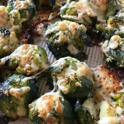 cheesy-smashed-roasted-brussels-sprouts-2434104.jpg
