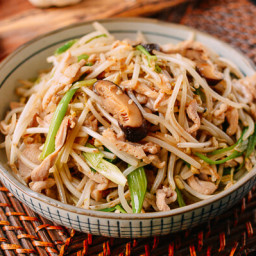 Chicken and Bean Sprouts