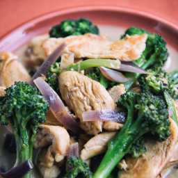 Chicken and Broccoli with Creamy Garlic Sauce Recipe