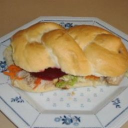 Chicken And Salad Roll
