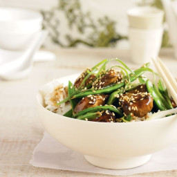 Chicken and snow pea hoi sin stir-fry