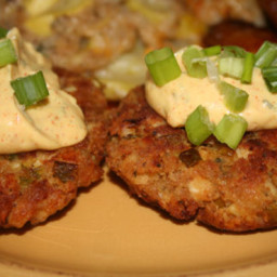 Chicken Cakes With Remoulade Sauce (Quick & Easy!)