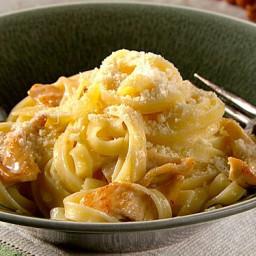 chicken-fettucine-alfredo-recipe-2812918.jpg