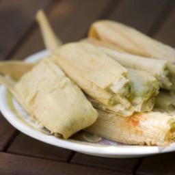 chicken-in-green-salsa-tamal-2462930.jpg