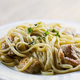 Chicken Pasta with Thyme-Mint Cream Sauce