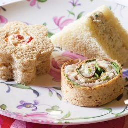 Chicken Salad Sandwiches with Green Apple and Tarragon
