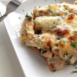 Chicken, Spinach and Mushroom Pasta Bake