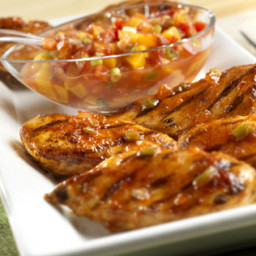 Chicken with Picante Peach Salsa