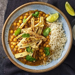 Chickpea & roasted parsnip curry