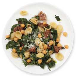 Chickpea, Sausage, and Kale Pasta