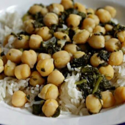 Chickpeas and Spinach Over Rice