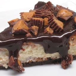 Chili's Peanut Buttercup Cheesecake