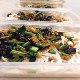 Chinese Minced Pork Vegetable Noodles