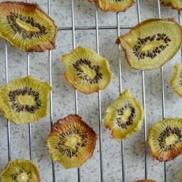 Chips de kiwi deshidratadas