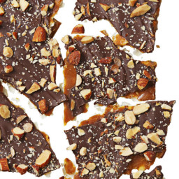 Choco-Caramel Matzo Brittle