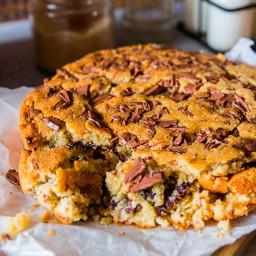 Chocolate Chip Cookie Cake 🍰