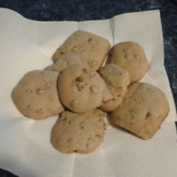 chocolate-chip-cookies-soft-and-cak-2.jpg