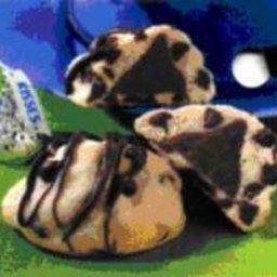 chocolate-chip-kiss-cookies-2.jpg