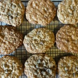 chocolate-chip-oatmeal-cookies-14.jpg