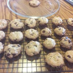 chocolate-chip-oatmeal-cookies-9bd1ba.jpg