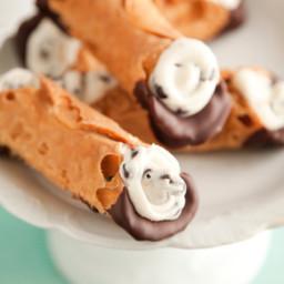 Chocolate Dipped Cannoli