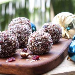Chocolate Hazelnut Christmas Blissballs