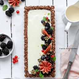 Chocolate hazelnut granola tart (vegan, gluten-free, refined sugar-free & 5