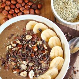 Chocolate Hazelnut Hemp Smoothie Bowl