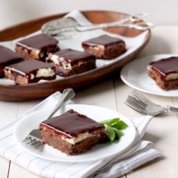 Chocolate Mint Cookie Bars