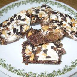 chocolate-peanut-butter-mallow-bars-2.jpg