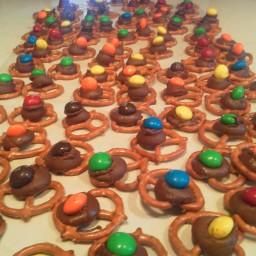 chocolate-pretzel-bites-6.jpg