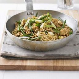 Cholesterol friendly Noodles with turkey, green beans & hoisin