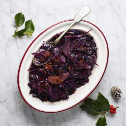 Chorizo & pear red cabbage