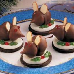 christmas-eve-mice-3641ef-51ae1067c91195cf33f75045.jpg