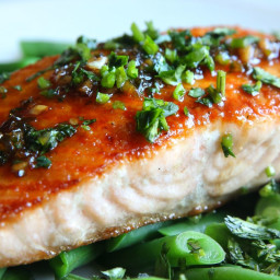 Cilantro Chili Lime Glazed Salmon and Green Beans