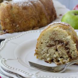 Cinnamon Apple Bundt Cake