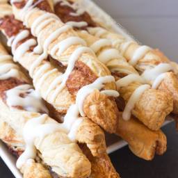 Cinnamon Roll Twists