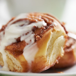 Cinnamon Rolls with Apple