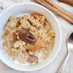 Cinnamon Date and Walnut Baked Oatmeal