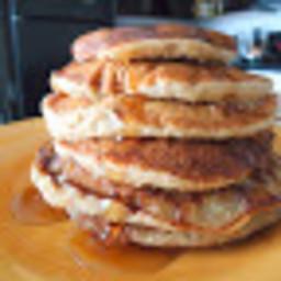 Cinnamon Oatmeal Banana Pancakes