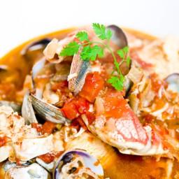 Cioppino (Seafood Soup)