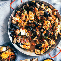 Cioppino with Smoked Paprika Aioli