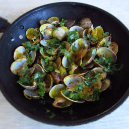 Clams with mustard