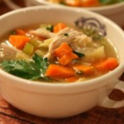 classic-chicken-soup-2086428.jpg