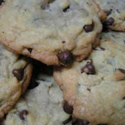 classic-chocolate-chip-cookies-4.jpg