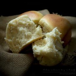 classic-dinner-rolls-2467623.jpg