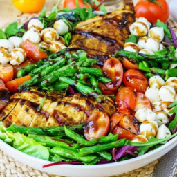 Clean Eating is Beautiful with this Caprese Chicken Salad!