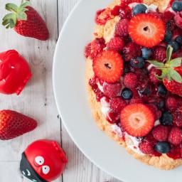 Clean eating Pavlova recipe