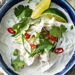 Coconut and chilli chicken soup